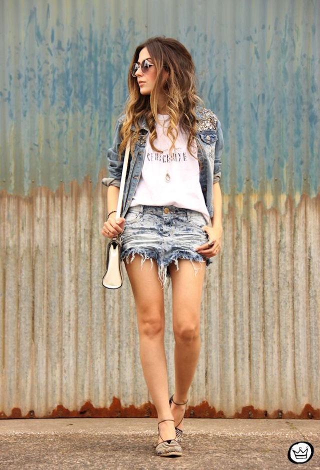 Denim-Skirts-Chic-Street-Style-10