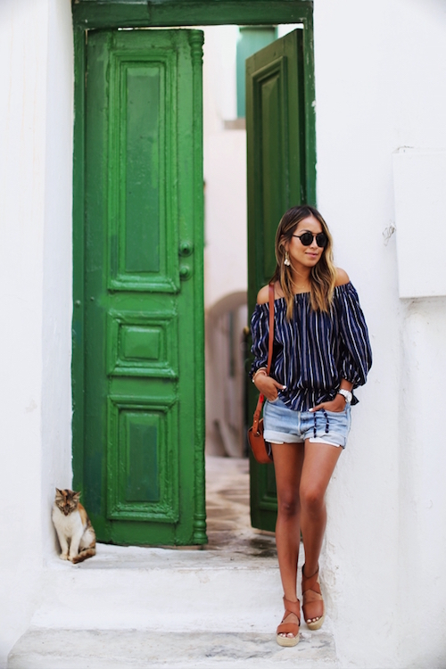 Off-The-Shoulder-Outfits-21