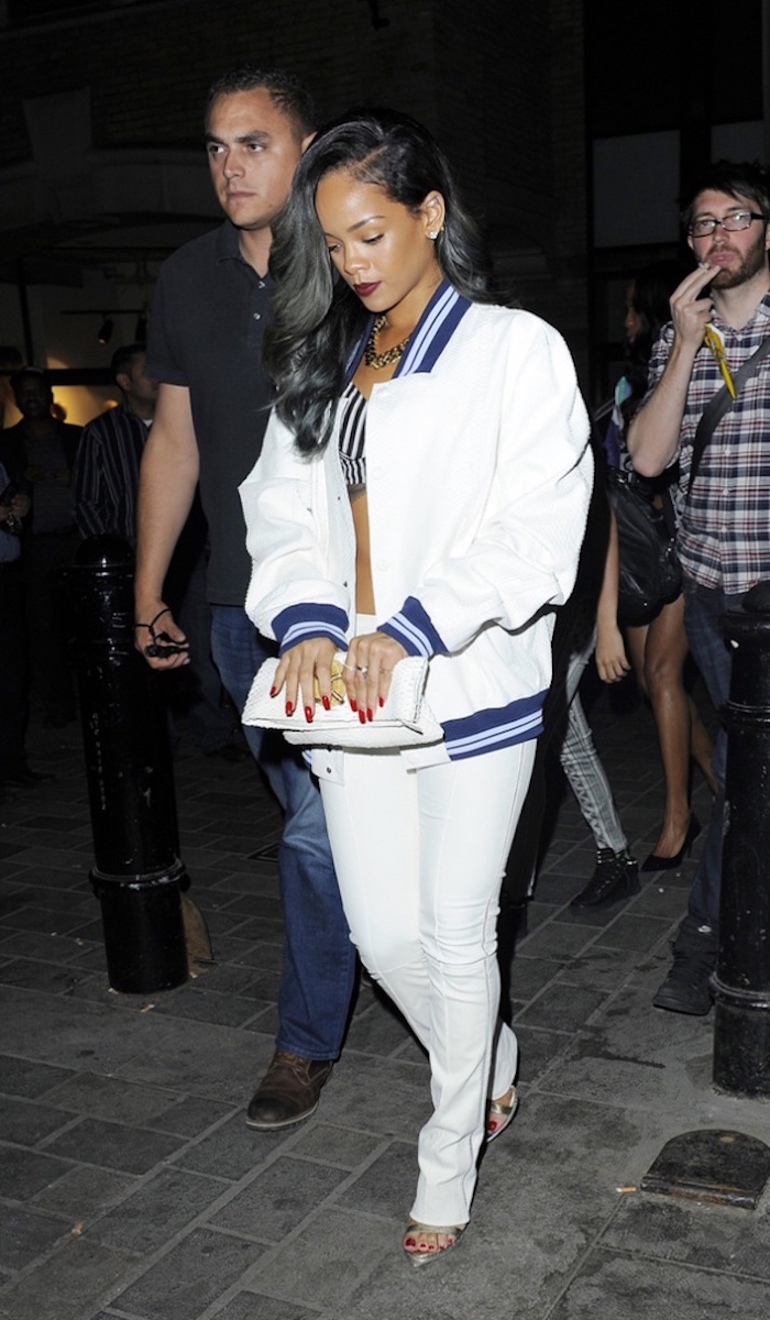 rihanna-bomber-jacket-fashion-trend-glamazons-blog2